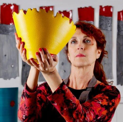 L'artista Eva Munarin.